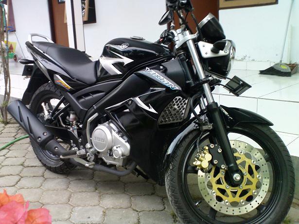 Modif Yamaha Vixion Warna Hitam