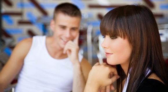 Как сделать чтобы парень обратил на тебя внимание вк