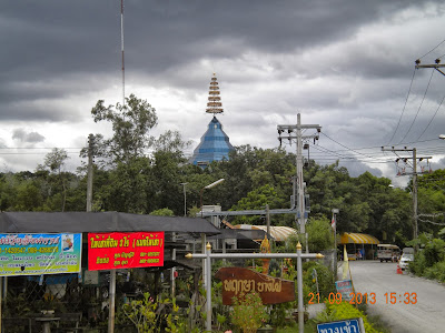 Wat Sangkhathan Nonthaburi วัดสังฆทาน นนทบุรี glass ubosot