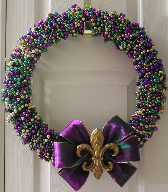 DIY mardi gras bead wreath