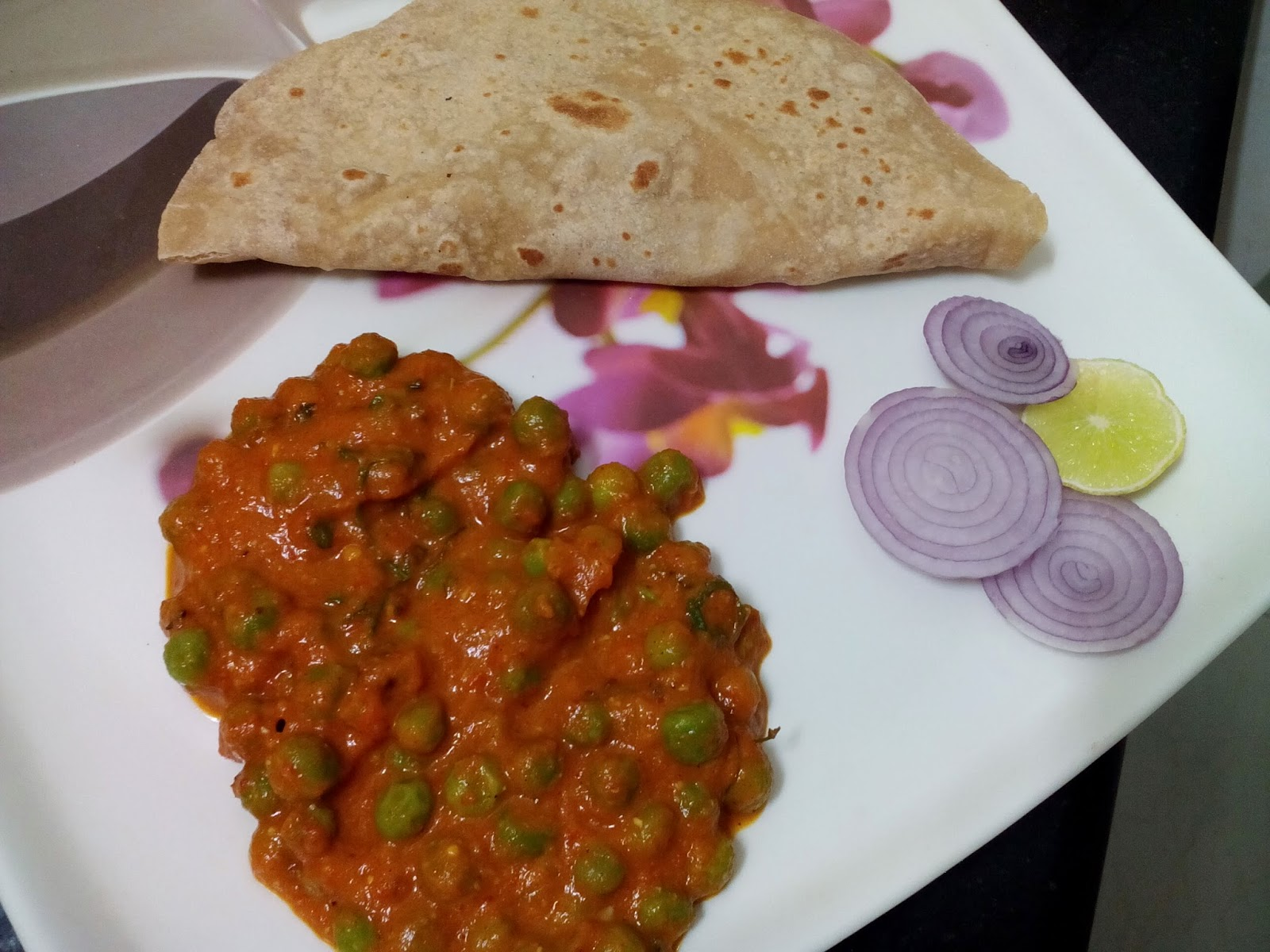 Green Peas Masala in Punjabi Dhaba Style (Green Peas cooked in