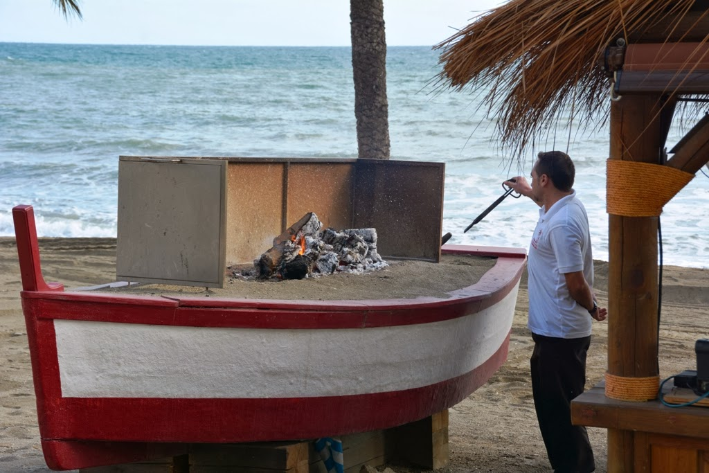 Malagueta Beach Barbecue booat