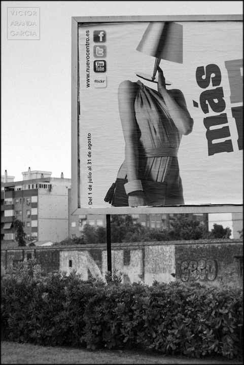 manifiesto_consumista fotografia_artistica valencia serie arriba_extraña