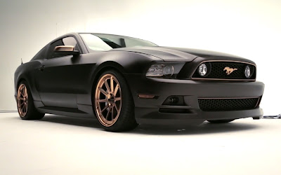 2013 Ford Mustang GT High Gear right front