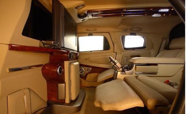 Interior Toyota Innova - Cabin