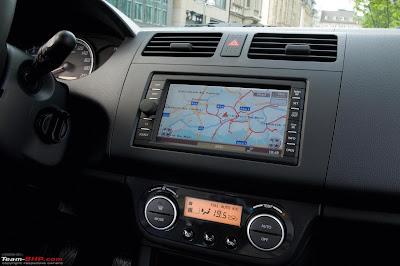 http://4.bp.blogspot.com/-cRLLdiE3Qw0/TliikGmvU3I/AAAAAAAAAdI/QeBF3cfPIvg/s400/swift+interior+with+navi.jpg