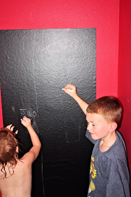 vaynl chalk board