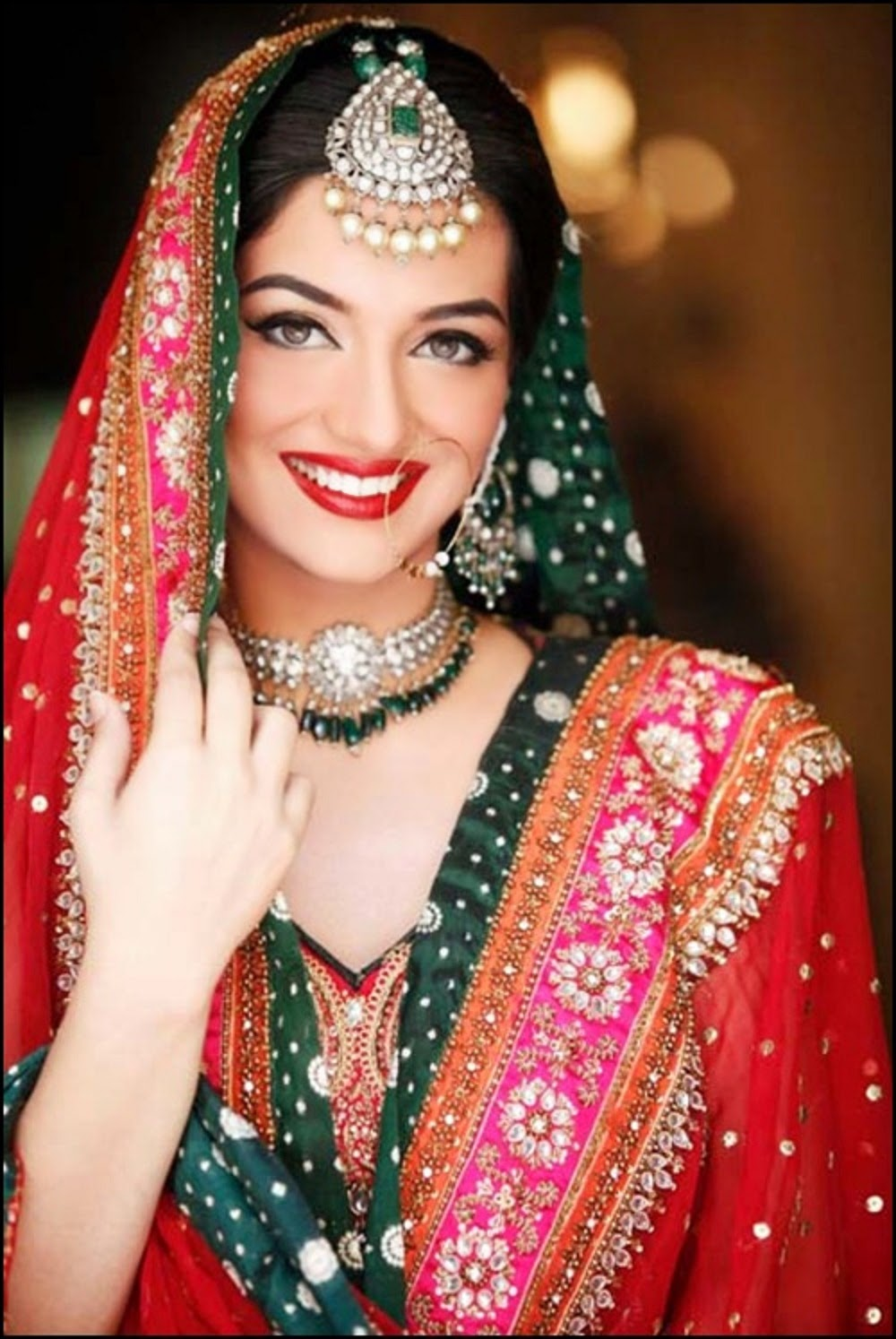 Latest Bridal Dresses, Make up & Jewelry Wallpapers Free Download