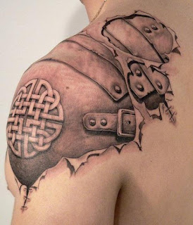 3D tattoo: armoured shoulder under the skin