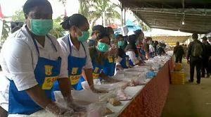 Roti_Khas_Papua_terpanjang_di_Indonesia
