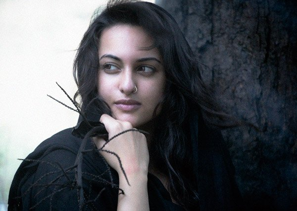 Bollywood Hot Actress Sonakshi Sinha Sizzling Photo Shoot gallery pictures