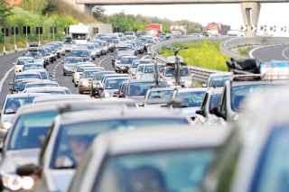 Conoscere il traffico in tempo reale, situazione traffico stradale attuale, real time, code autostrade, strade e tangenziali