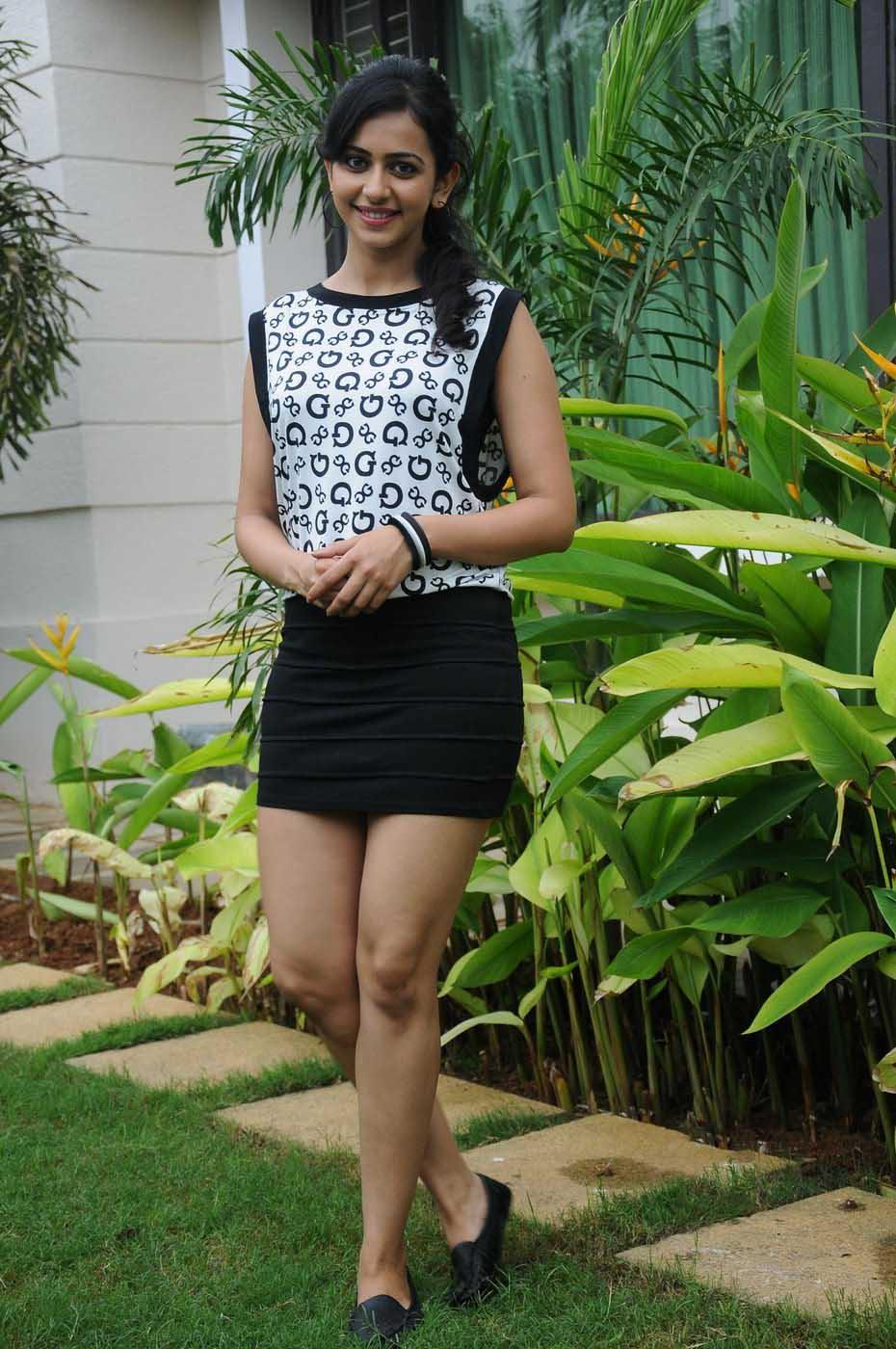 Rakul Preet Singh HD Pics in Short Dress ~ Hollywood ...
