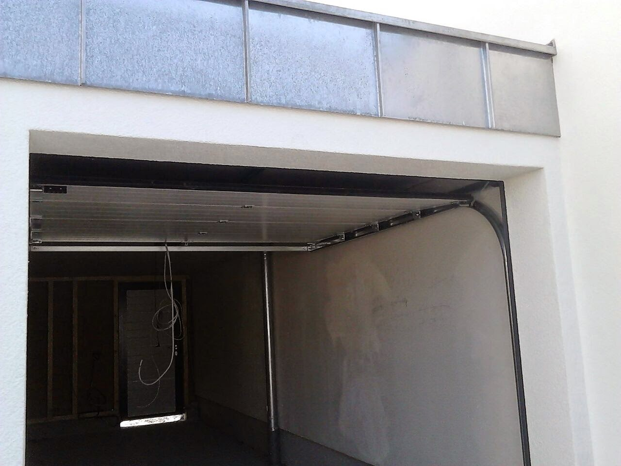 hausbau mit fertighaus weiss bautagebuch garage. Black Bedroom Furniture Sets. Home Design Ideas