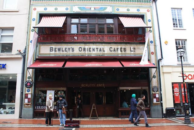 Bewley's Oriental Café in der Grafton Street in Dublin © Copyright Monika Fuchs, TravelWorldOnline