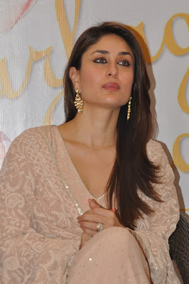 Gorgeous kareena pix from an event