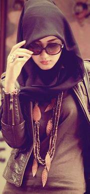 hijab fashion robe chic pour demoiselle voil e hijab et voile mode style mariage et fashion. Black Bedroom Furniture Sets. Home Design Ideas