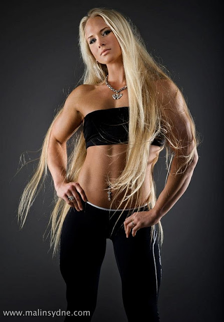 fitness female-fittness girls-armwrestling champion-european fitness models