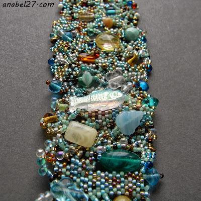 freeform peyote bracelet beadwork  beading seed beads cuff
