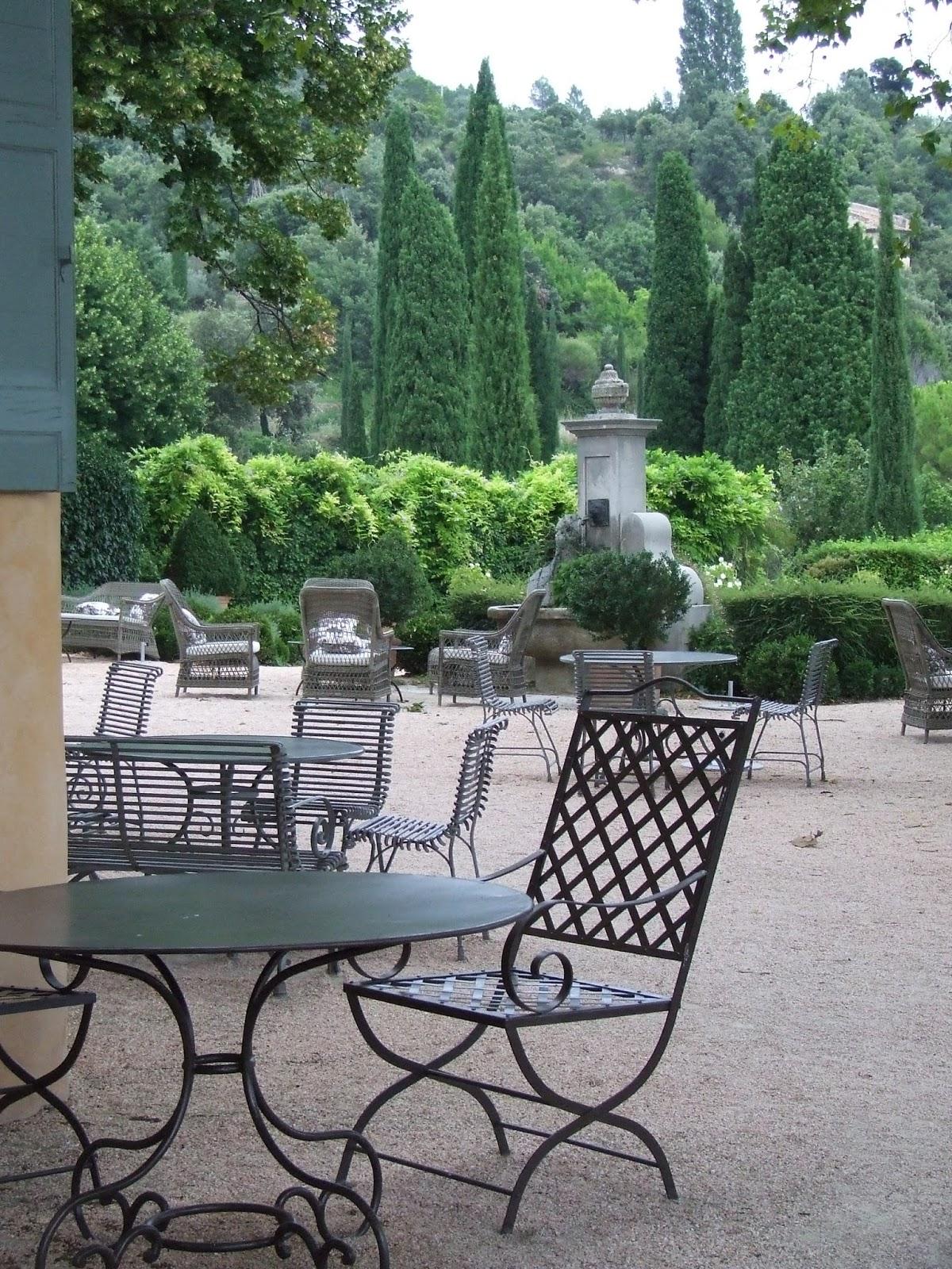 Mobilier de jardin nc for Mobilier de jardin contemporain