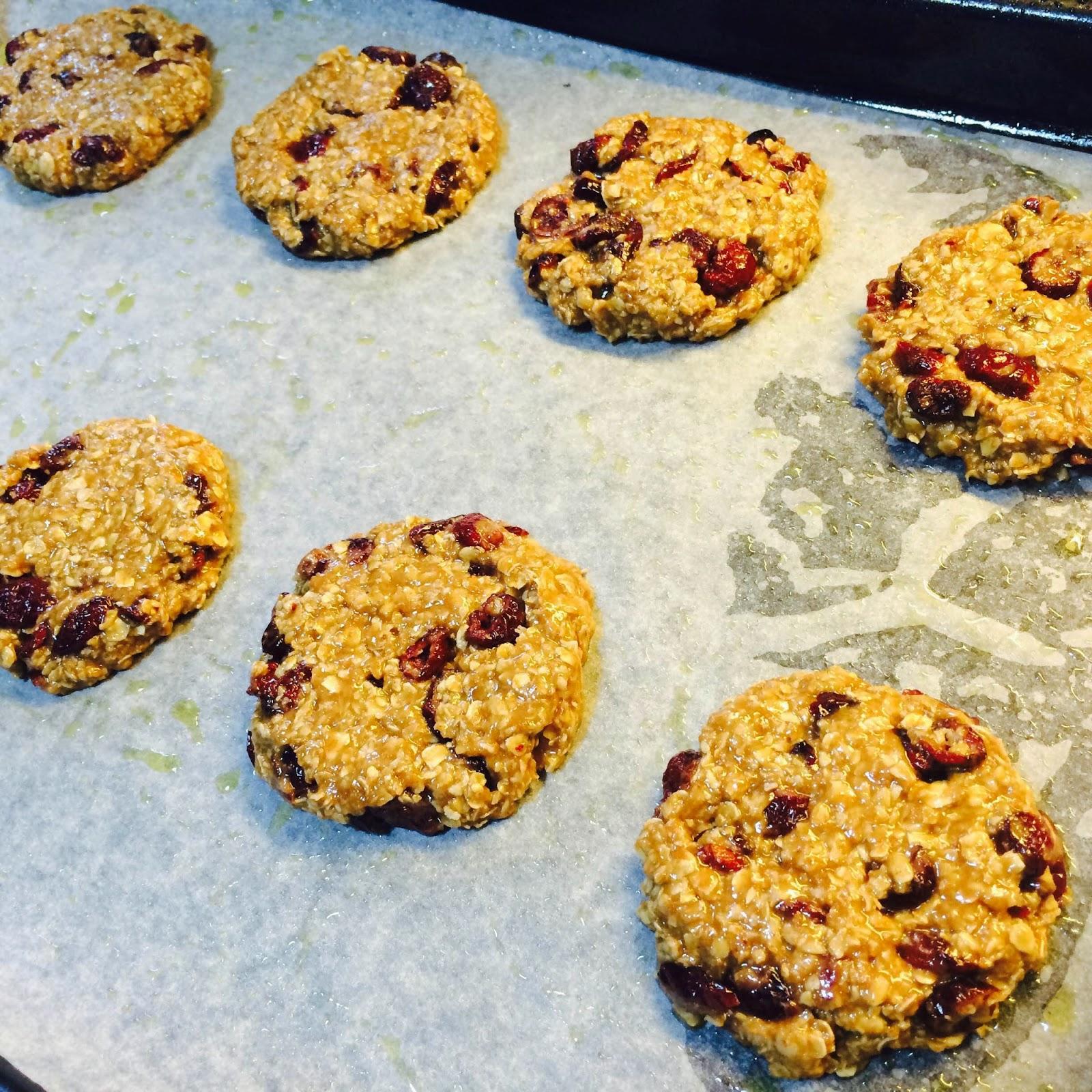 Healthy Chewy Spelt Oatmeal Cranberries Cookies Recipe