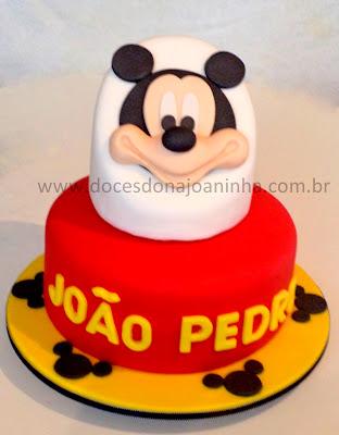 bolo decorado Mickey Disney 2 andares