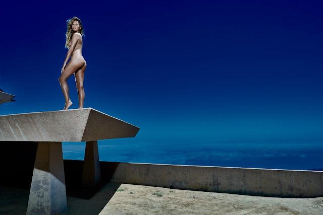 Chrissy Teigen naked on Women's Health magazine September 2015 photoshoot