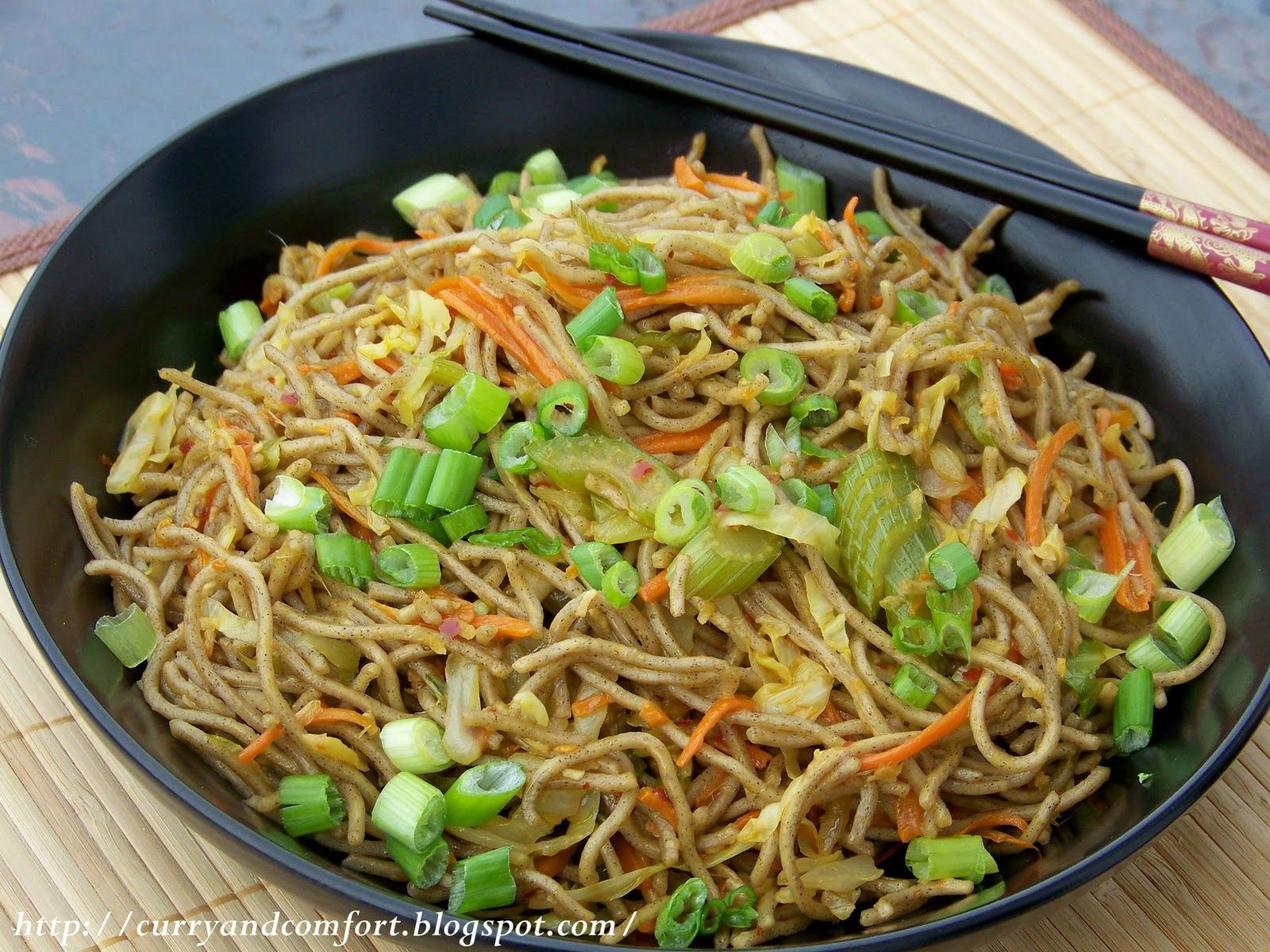 Kitchen Simmer: Asian Soba Noodle Vegetable Lo Mein