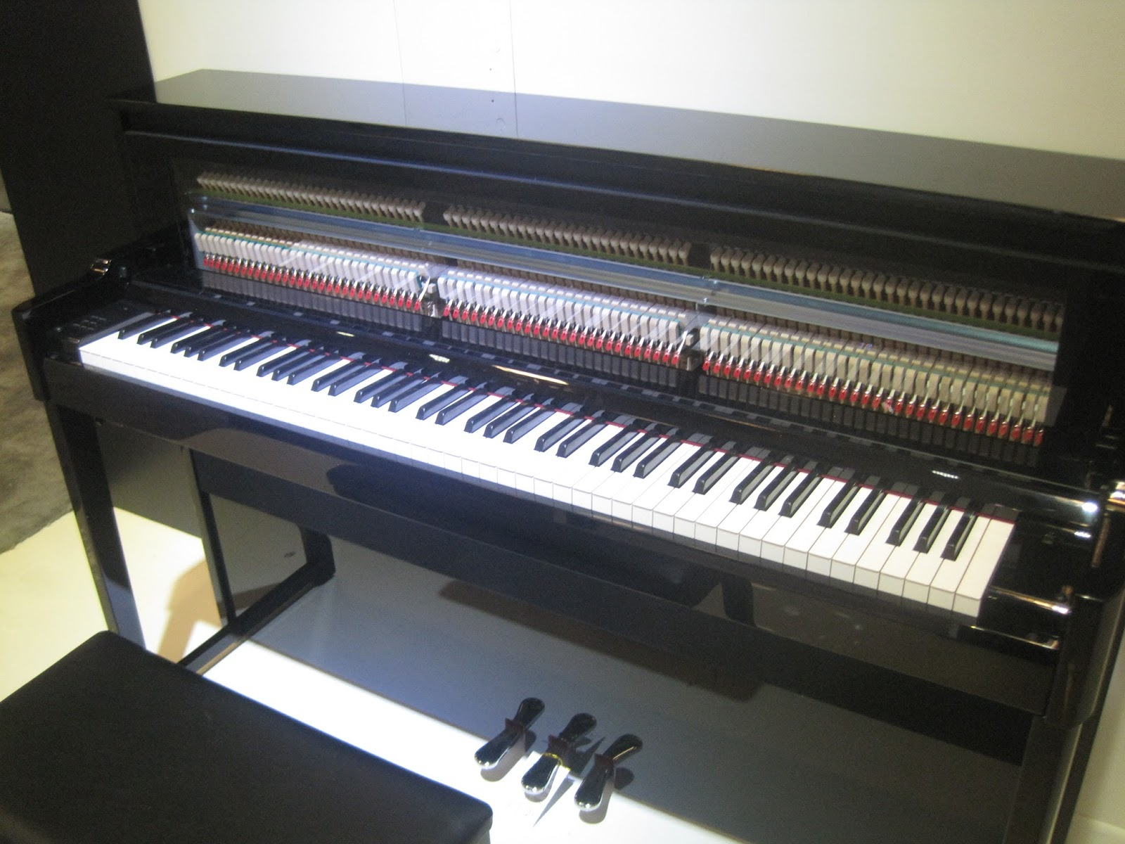 Yamaha Nu Hybrid Piano