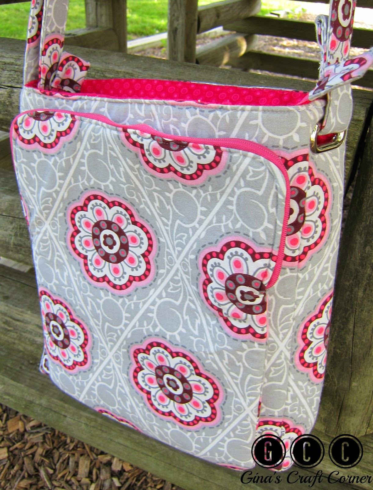 Lombard Street Crossbody Bag By Gina's Craft Corner (Design by ChrisWDesigns)