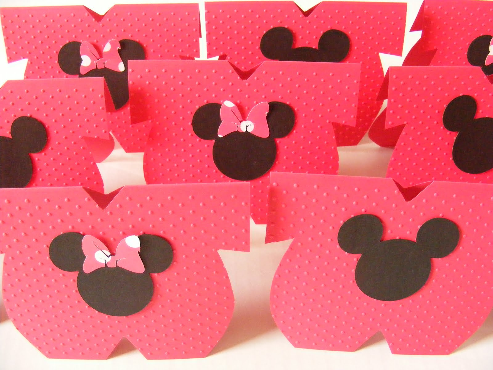 Whimsical creations by ann disney mickey minnie mouse for Baby minnie mouse party decoration