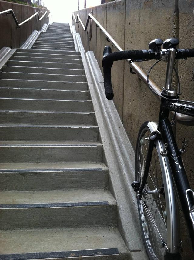 Escadarias projetadas para ciclistas