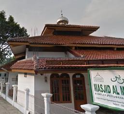 Sekretariat: Jl. KI. Hajar Dewantoro Kel. Sawah Ciputat Tangerang Selatan 15413