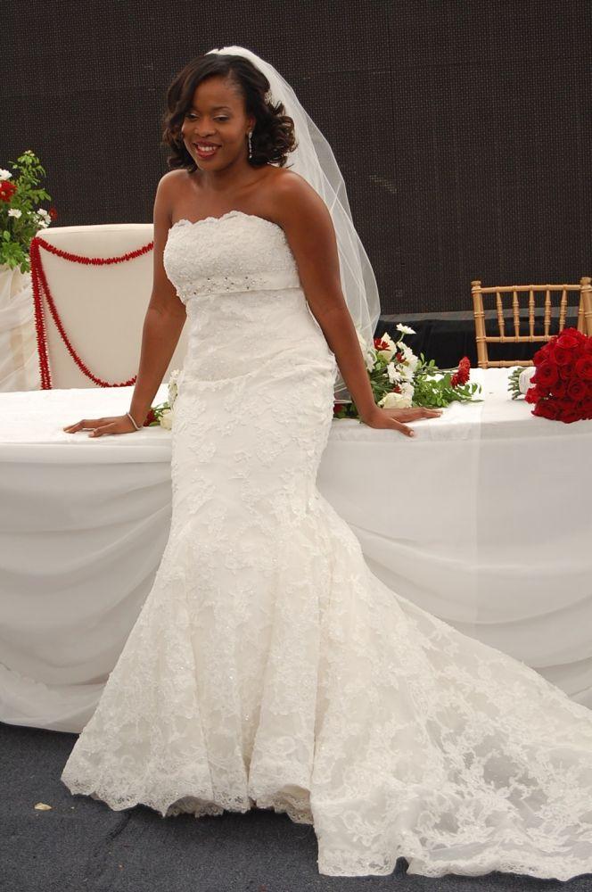 Bella Naija Wedding Pictures - wedding flowers 2013