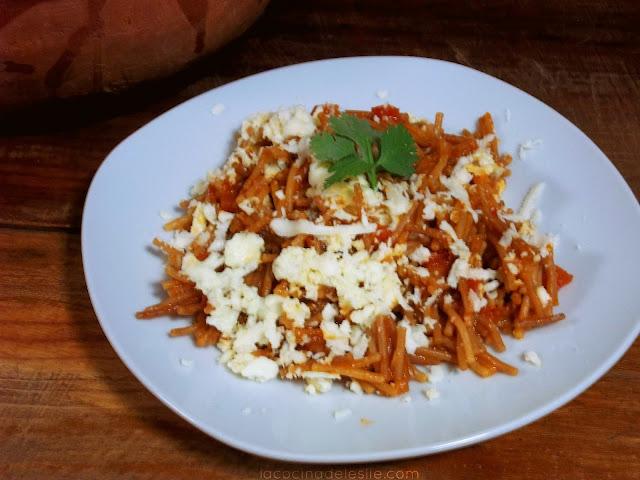 Sopa de Fideo Seco Recipe - lacocinadeleslie.com