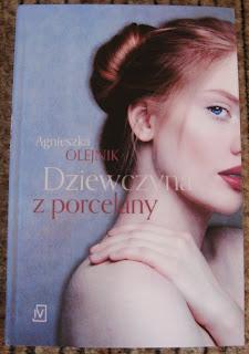 okładka książki Dziewczyna z porcelany