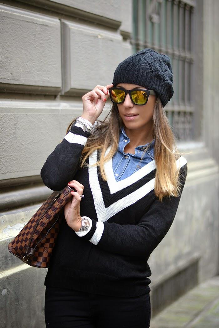 maglione scollo v nero bianco