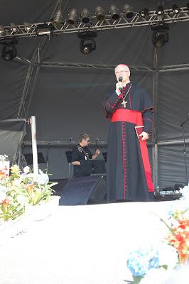 """Bote Fé: """"Igreja tem fé na juventude"""", afirma Cardeal Dom Odilo Pedro Scherer"""