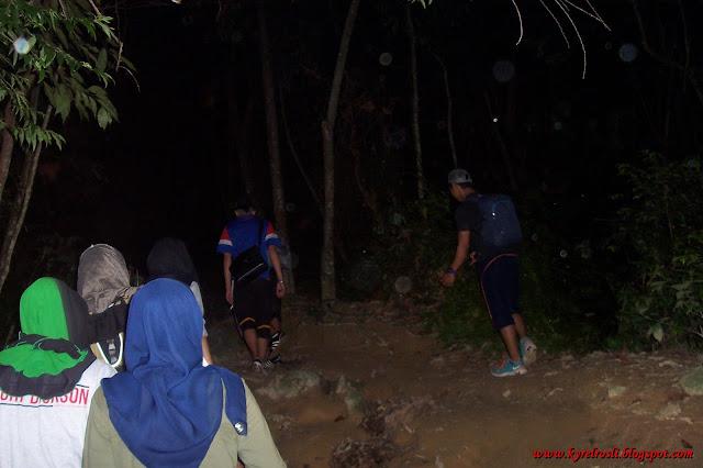 Bersahur di Bukit Broga