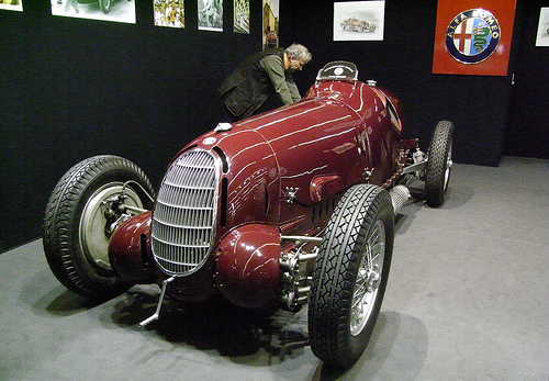 Automotive Database: Alfa Romeo 12C