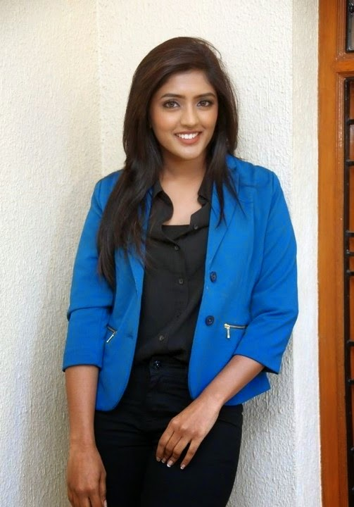 Actress Eesha Latest New Pics