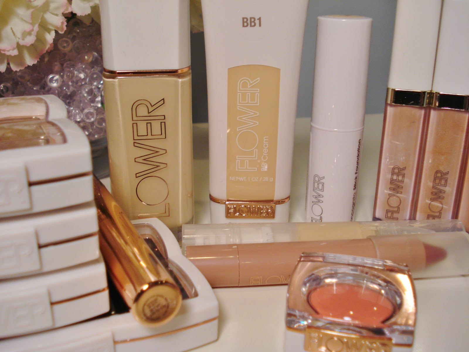 Flower beauty from drew barrymore first impressions makeupwednesday today i am going to be doing a first impressions post of a new makeup line from drew barrymore called flower beauty now i said i was going on a no buy but izmirmasajfo