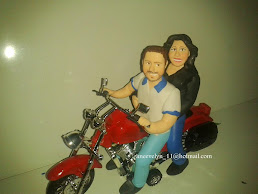 caricatura de motoqueiros