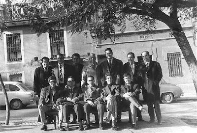 Equipo del club Ajedrez Igualada con Àngel Ribera  en 1970