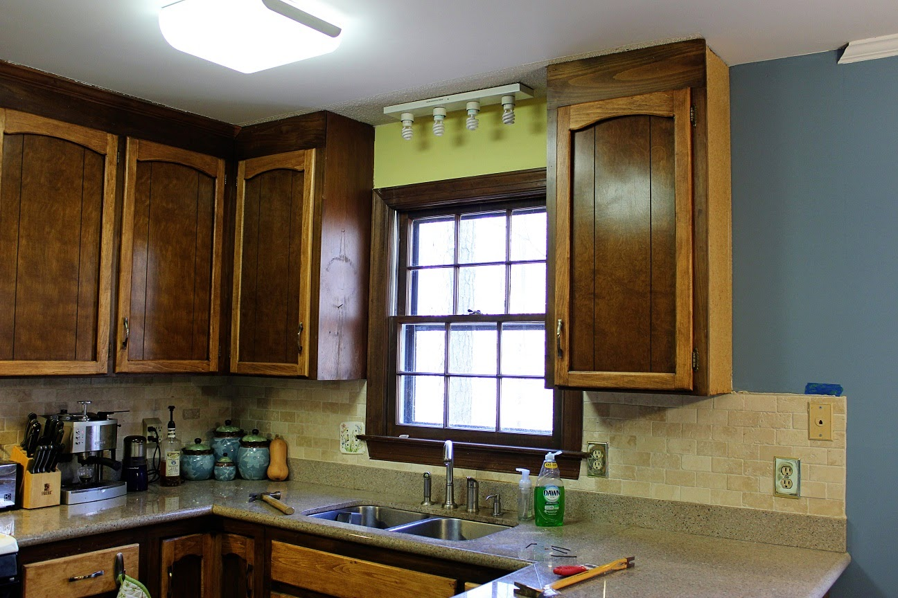 Short Term Kitchen Update: Goodbye Pelmet And Backsplash, Hello Recessed  Lighting And Updated Electrical