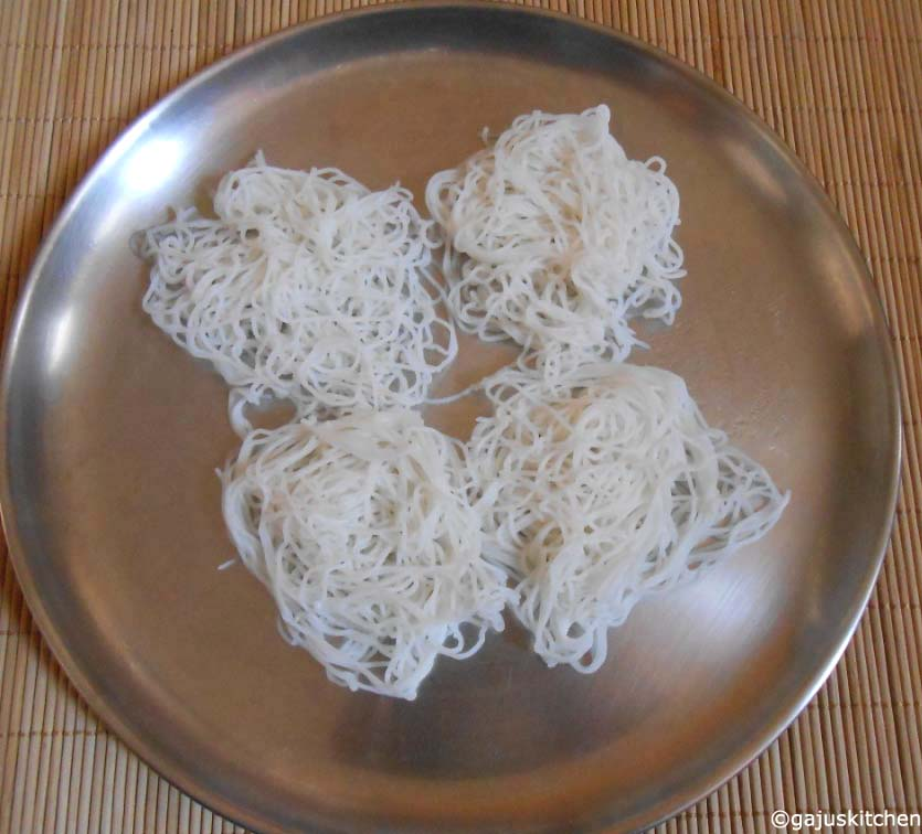 Steamed idiyappam ready to be served