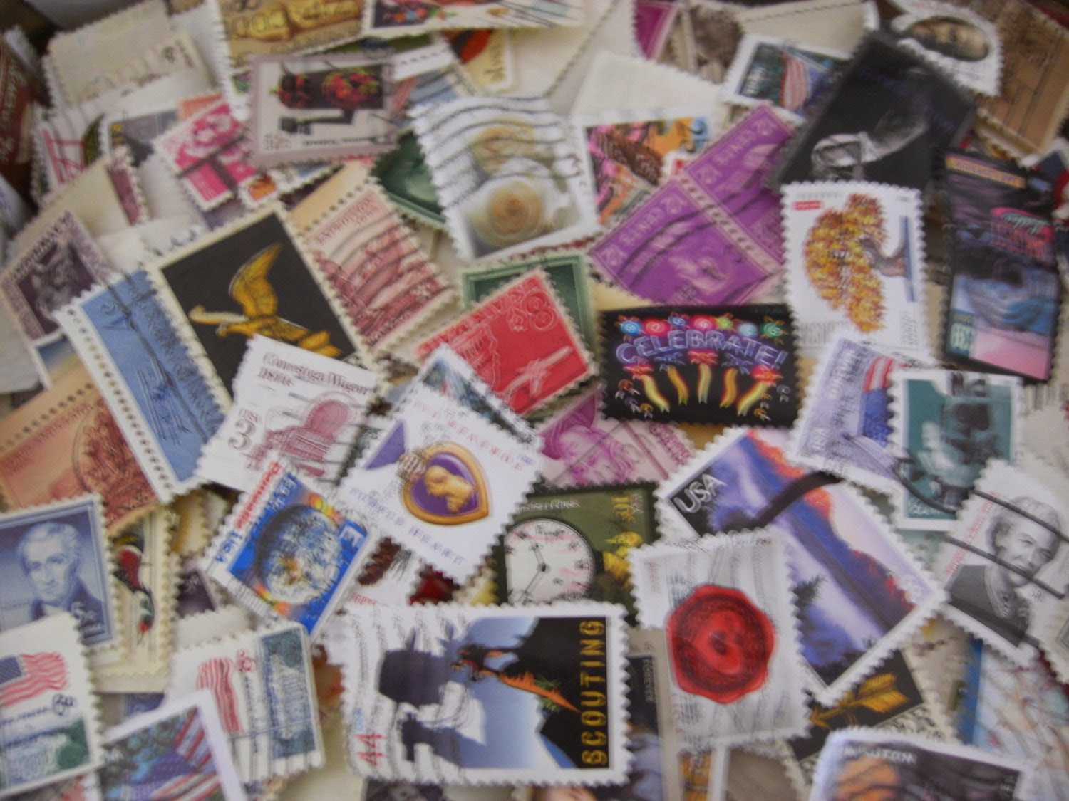 http://bargaincart.ecrater.com/p/19487083/us-postage-stamps-lot-of-200-early