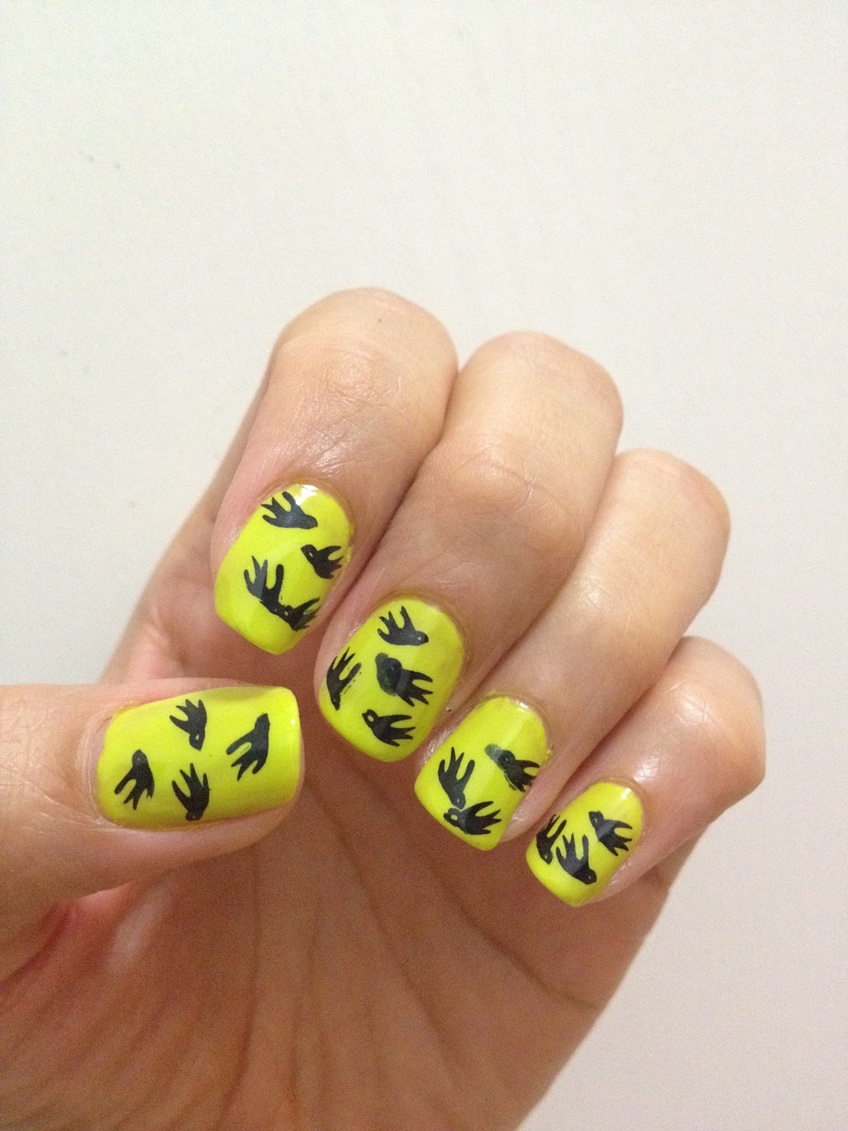 Swallow nail art design! | ilovenailart ✿♥‿♥✿
