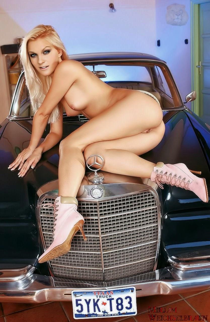 Nackt Bilder : Mirjam Weichselbraun Nude Nackt Photos   nackter arsch.com