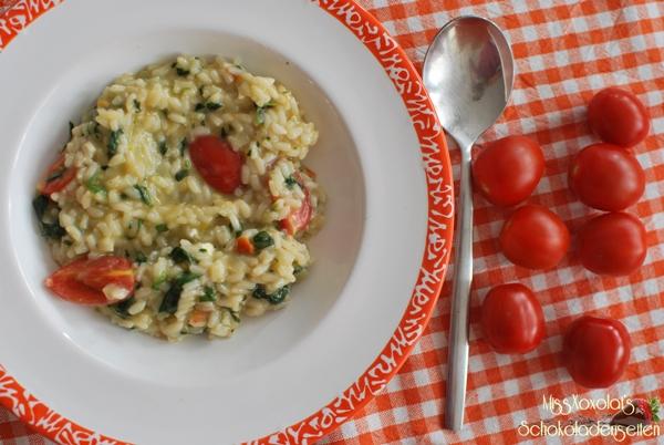 Risotto mit Spinat und Tomaten